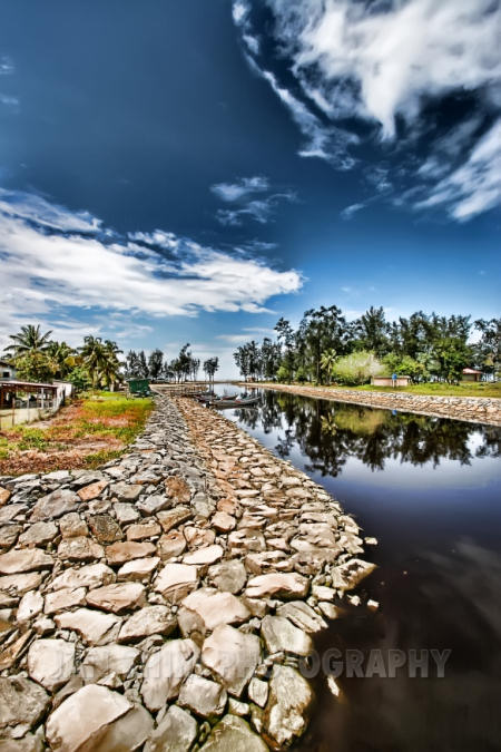 lumut-river.jpg