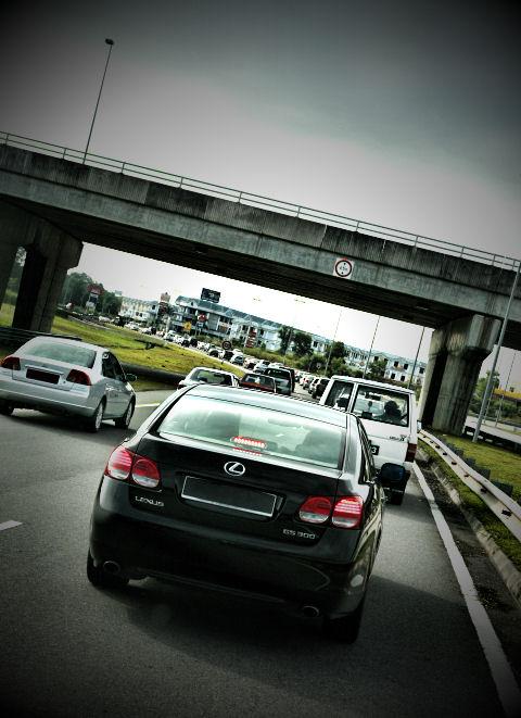 tungku-traffic.jpg