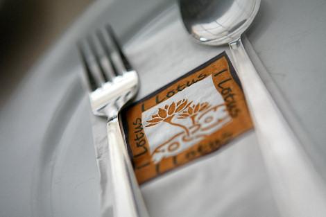 i-lotus-napkin.jpg
