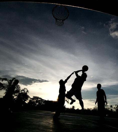 https://shimworld.files.wordpress.com/2008/11/ogdc-basketball-06.jpg