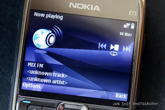 nokia-e71-radio-2