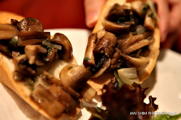 Fratini Mushroom Bruschetta