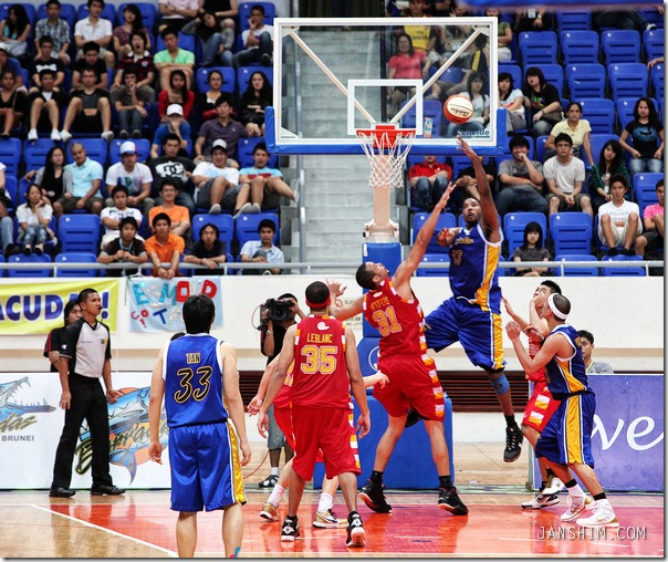barraccudas-slingers-024