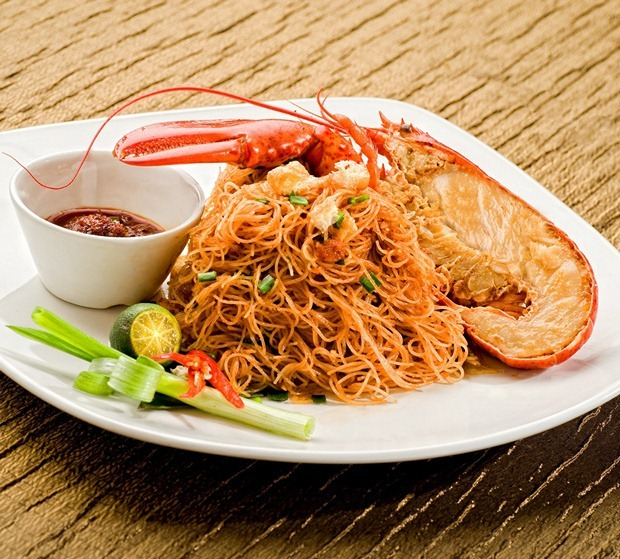 Fried Mee Siam with Boston Lobster