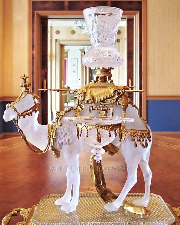 Baccarat-Camel-01